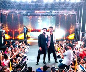 """New York: Shahid Kapoor, Siddharth Kannan - """"IIFA Awards 2017"""