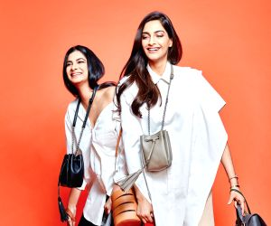 Sonam Kapoor sends 'good food vibes' as she enjoys vacay in LA with sister Rhea Kapoor