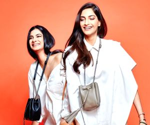 Sonam Kapoor sends 'good