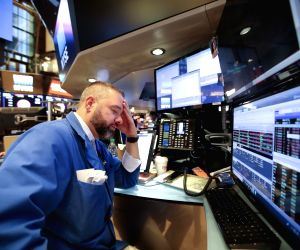 US stocks close mixed amid trade concerns, data