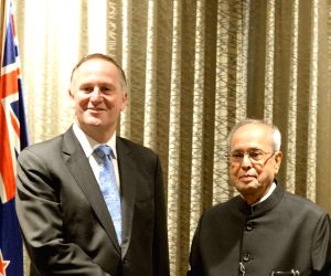 New Zealand PM calls on President Mukherjee