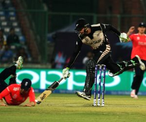 WT20 - 1st Semi-Final - England vs New Zealand