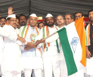 Dinesh Gundu Rao takes over as Karnataka Congress president, Eshwara Khandre as working president