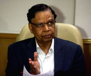 Arvind Panagariya, Bibek Debroy's press conference