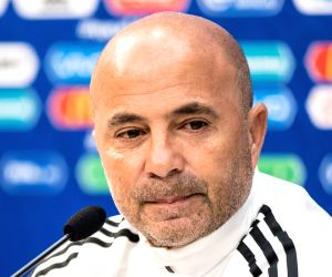 Argentine press rips national team coach Sampaoli as he heads for the exit