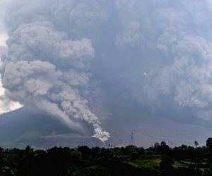 INDONESIA NORTH SUMATERA MOUNT SINABUNG ERUPTION