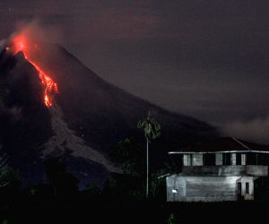 INDONESIA NORTH SUMATRA MOUNT SINABUNG ERUPTION