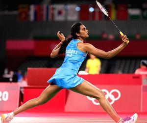 Olympics: Sindhu storms i