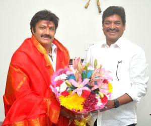 Balakrishna meets Shivaji Raja