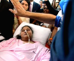 Egyptian woman sheds 50 percent weight, leaves India