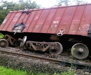 Seven wagons of Konkan Railway train derail