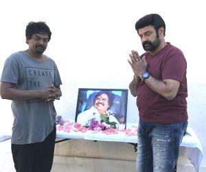 Paisa Vasool team pays tribute to Dasari Narayana Rao