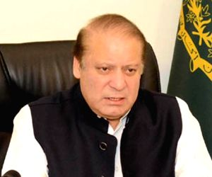 Pakistan court suspends jail terms of Sharifs
