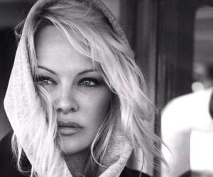Pamela Anderson asks Donald Trump to pardon Julian Assange