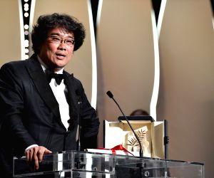 Oscars 2020: Best director goes to South Korea's Bong Joon-ho