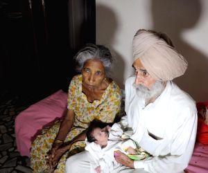 Indian woman gives birth at 70
