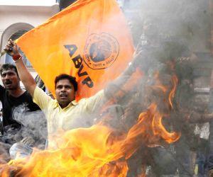 ABVP shutdown hits rail, road transport in Bihar