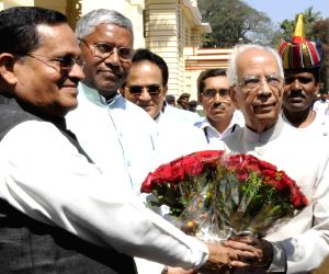 Bihar Governor arrives at state assembly
