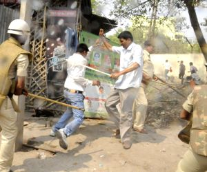 ABVP protest in Patna turns violent