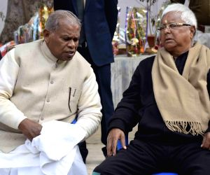 Lalu, Rabri greet Majhi  on new year