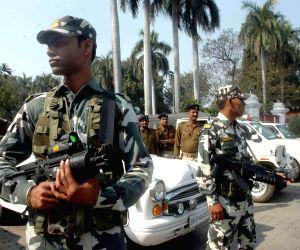 JD (U) demonstrate outside the Raj Bhawan