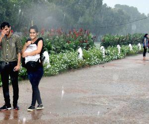 Light rains in some parts of Delhi