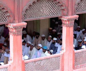 Juma-tul-Wida prayers at Nakhoda Masjid