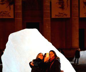 FRANCE PARIS COP 21 ICE WATCH