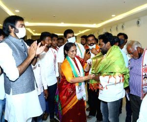 People are tired of TDP - YSRCP, claims BJP's bypoll candidate