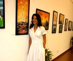 Perizaad at Chacha Nehru Birth anniversary art event.