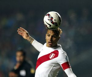 Brazil's Internacional sign Peruvian striker Paolo