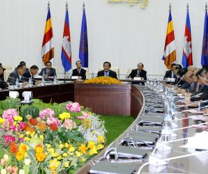 CAMBODIA-PHNOM PENH-PM-MEETING