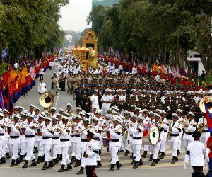 Phnom Penh: Religious procession