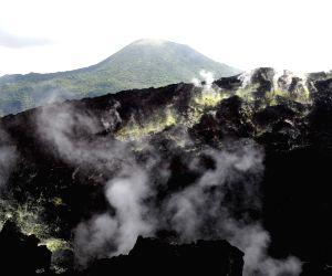 PAPUA NEW GUINEA-RABAUL-VOLCANO