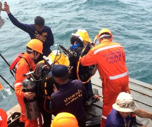 THAILAND PHUKET BOAT ACCIDENT RESCUE