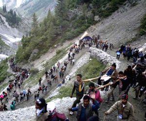 1,753 pilgrims leave for Amarnath