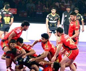 Pro Kabaddi League 2016 - Bengaluru Bulls vs Telugu Titans