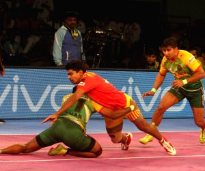 Pro Kabaddi League 2017 - Gujarat Fortunegiants Vs Patna Pirates