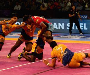 Pro Kabaddi League 2017 - Tamil Thalaivas vs Jaipur Pink Panthers