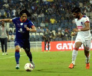 ISL - Mumbai City FC  vs Delhi Dynamos FC
