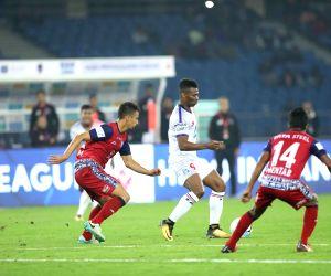 ISL - Delhi Dynamos FC Vs Jamshedpur FC