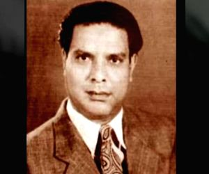 The poetic proponent of India's 'Ganga-Jamuni' culture (August 3 is Shakeel Badayuni's 100th birth anniversary) (With Image)