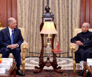 President of Seychelles calls on President Mukherjee