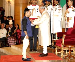 Civil Investiture Ceremony -  Kailash Kher