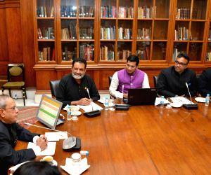 "President Mukherjee receives the first copy of ""QS BRICS Universities Ranking 2015"""