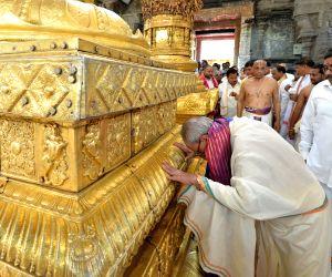 President Mukherjee at Lord Venkateswara temple