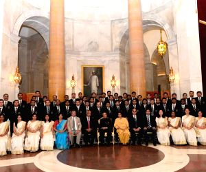 President Mukherjee meets batch of Indian Revenue Service, National Academy of Customs