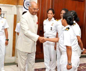President Kovind meets INSV Tarini's crew