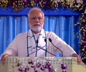 Modi says Nanak, Kabir stood for social harmony
