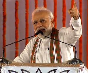 Modi in UP to address farmers
